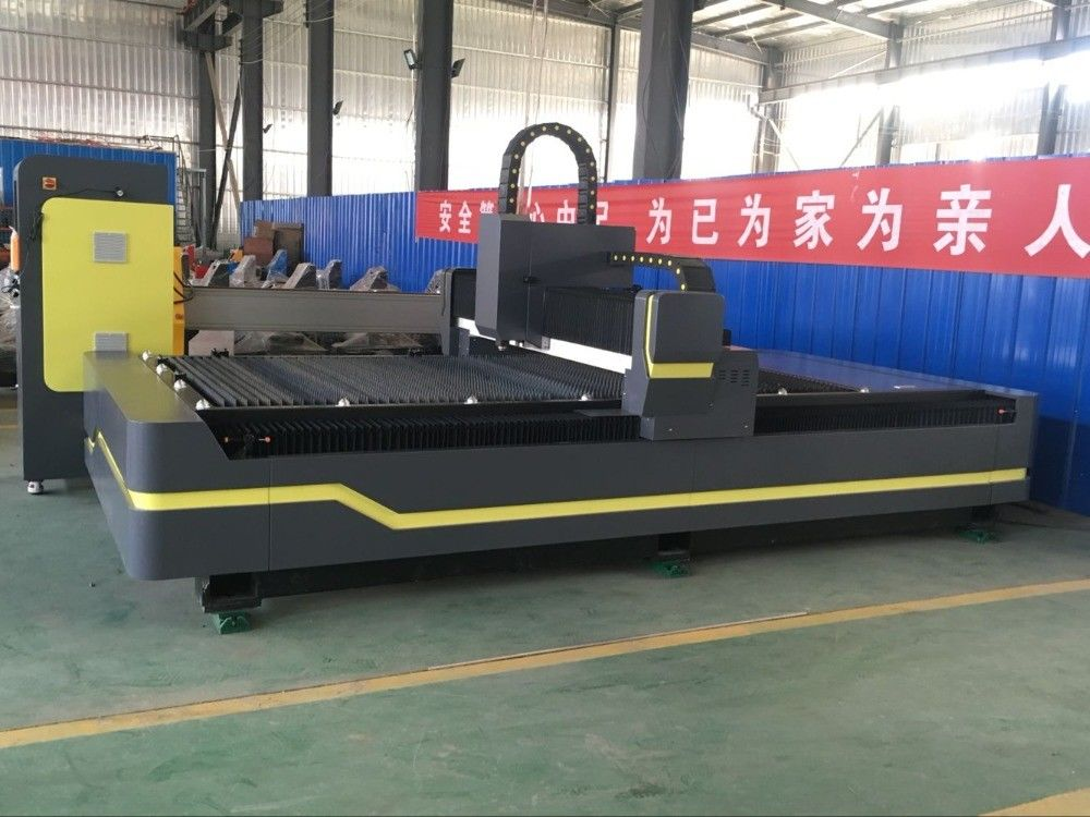 IPG MAX Raycus Fiber Laser Cutting Machine Welding Plate Body Structure Design